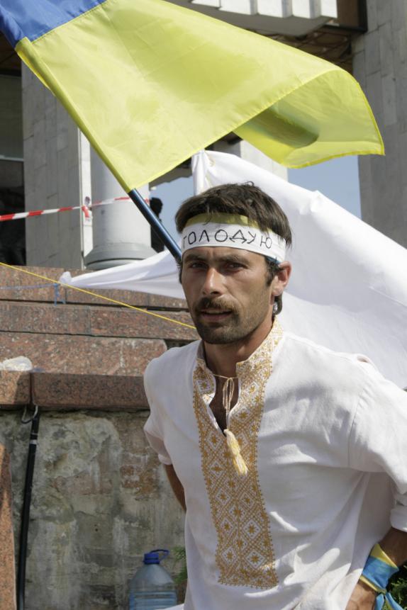 Олександр Капінос, член Небесної сотні, учасник голодування під час Мовного майдану